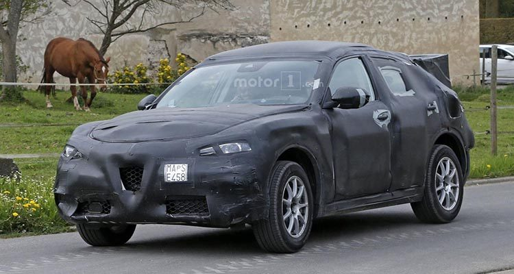 alfa-romeo-stelvio-spy-photo-min