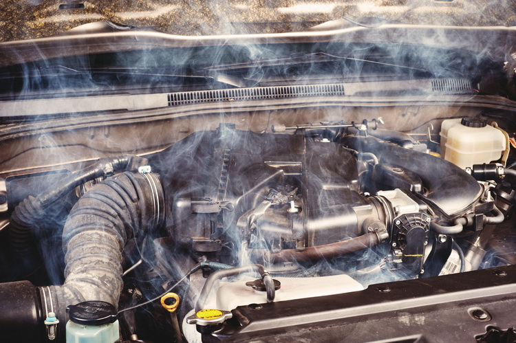 Почему перегревается двигатель: последствия, что делать