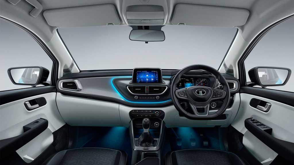 Tata Altroz 2021— новый хэтчбек с версией iTurbo