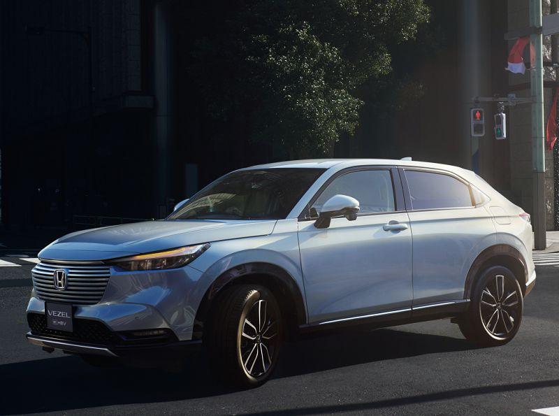 Honda Vezel 2022— гибридный паркетник для Европы и Японии