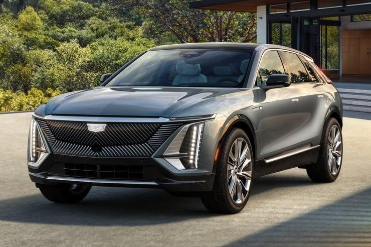 Cadillac Lyriq 2023— первый электрический кроссовер в линейке класса «люкс»