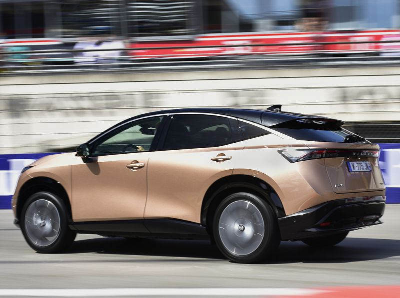 Новый Lexus NX 2022— подзаряжаемый гибрид с запасом хода на электротяге до 70 км
