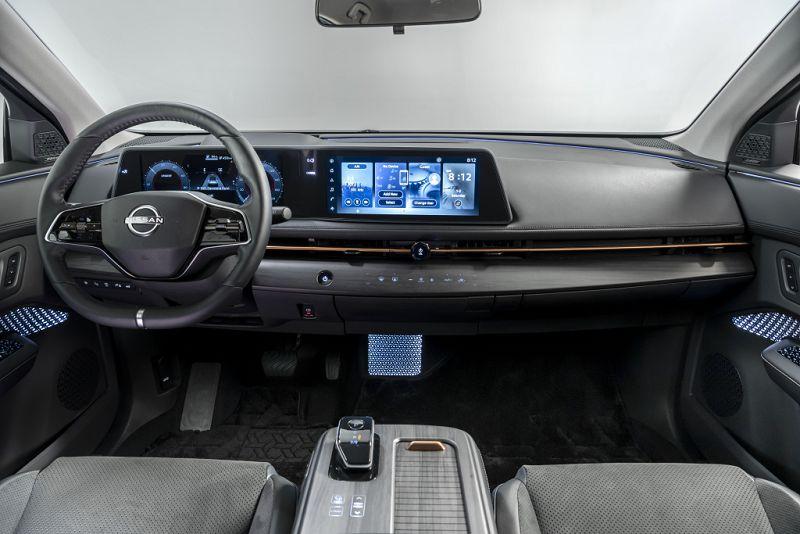Nissan Ariya 2022— новый японский электрокар с запасом хода 483 км