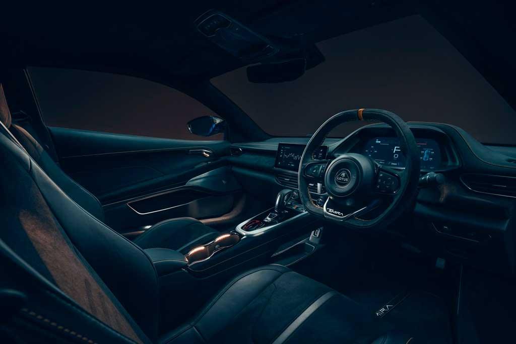 Последний автомобиль с ДВС Lotus Emira 2022