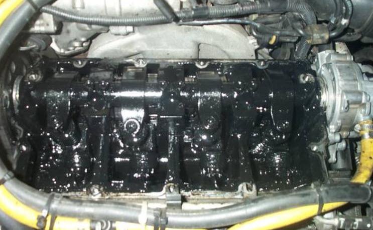 Через сколько км менять масло в двигателе и что будет если этого не делать