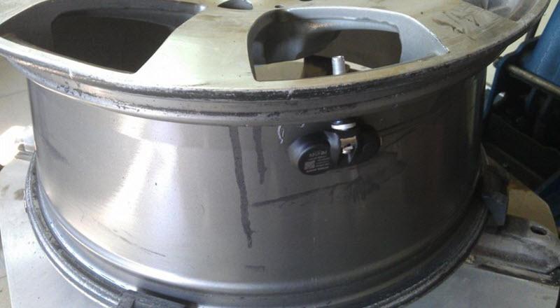 Как проверить датчики давления в шинах (настройка системы TPMS, неисправности)
