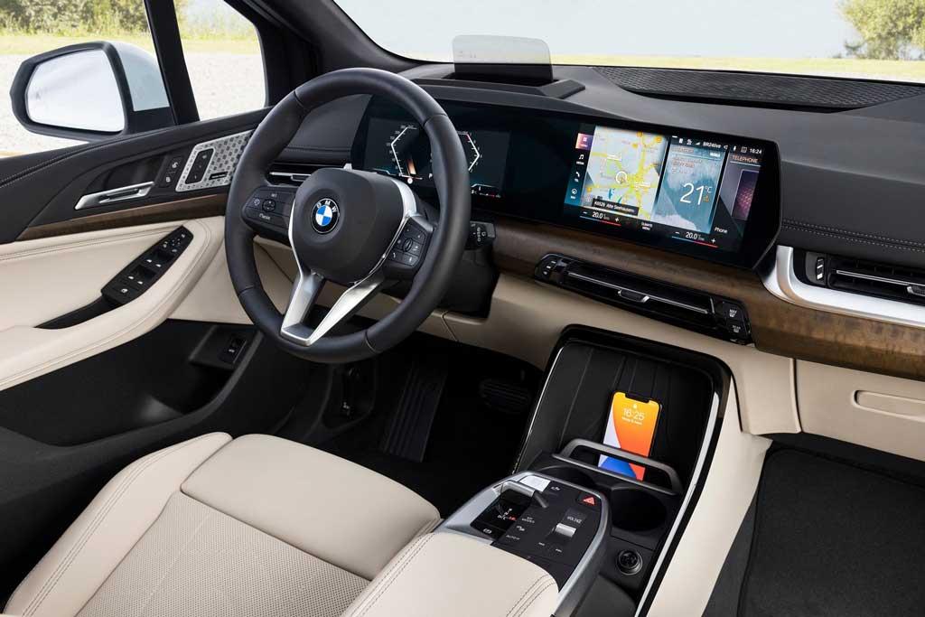 BMW Active Tourer (U06) 2022— новый кузов, салон, двигатель и трансмиссия